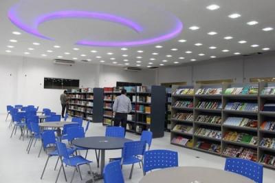 3-Biblioteca FG conta com acervo aberto