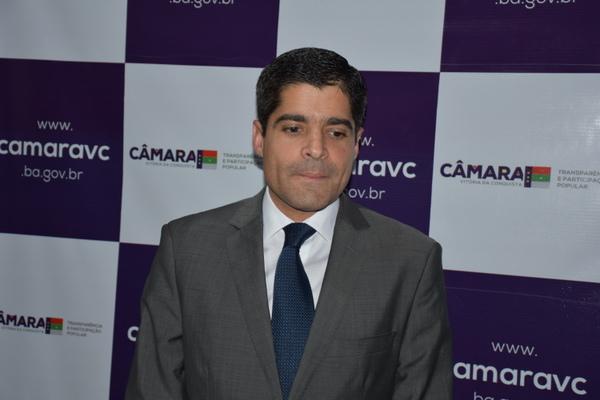 ACM Neto deve anunciar nesta sexta que será candidato a governador