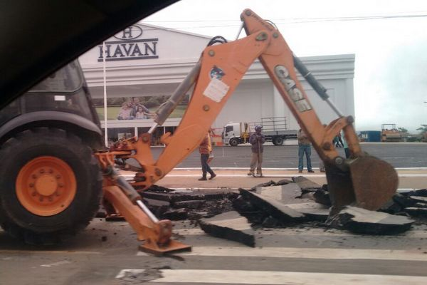 Primeiro veio a proposta do prefeito Herzem Gusmão Pereira em não instalar  mais essas lombadas e sim retirá-las passando a monitorar a velocidade dos  ... 41fb602554242