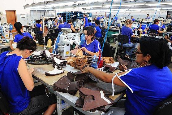 580a781d4 Foto  Reprodução. Uma fábrica de calçados será implantada em Itapetinga ...