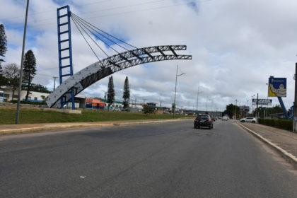 Projeto Esquecido: Portal da Cidade está com obras paralisadas desde o ano passado em Vitória da Conquista