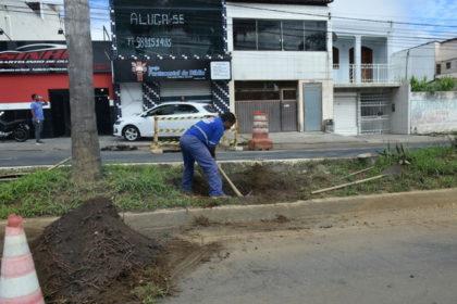 Avenida Bartolomeu de Gusmão | Sistema de Abastecimento passa por reparos em Vitória da Conquista